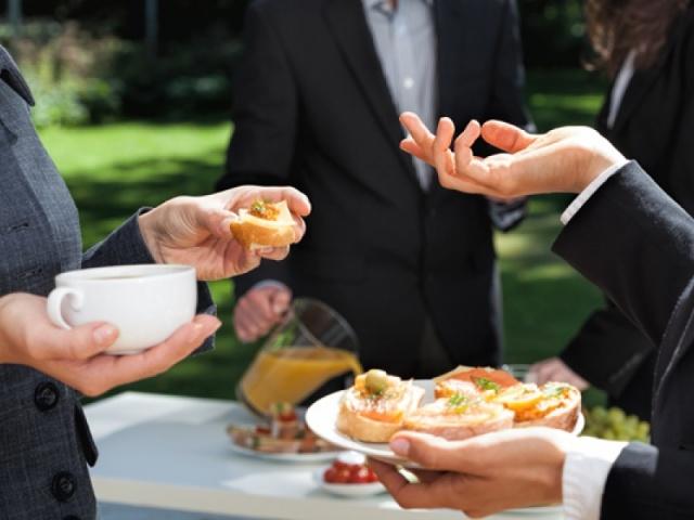 Almorzos temáticos de verán para empresas interesadas na responsabilidade social