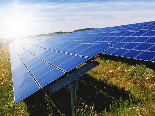 As empresas poderán solicitar, desde o 21 de septembro, as axudas para impulsar proxectos de autoconsumo a través da enerxía fotovoltaica
