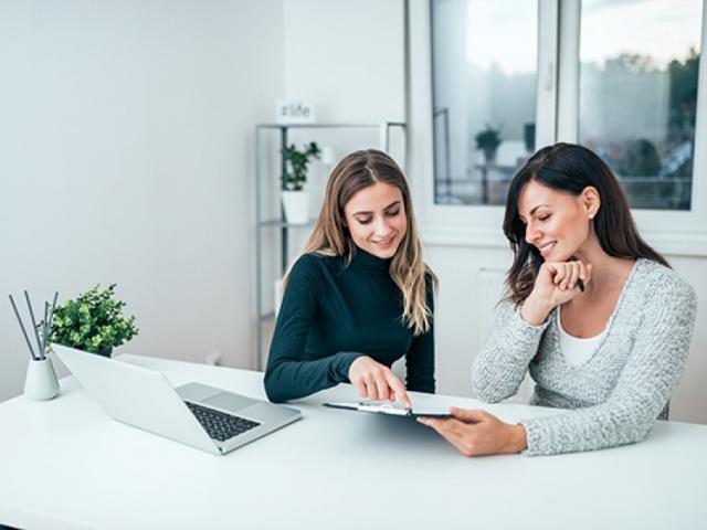 A Xunta potencia o liderado, a creatividade e o emprendemento feminino co programa Son Executiva