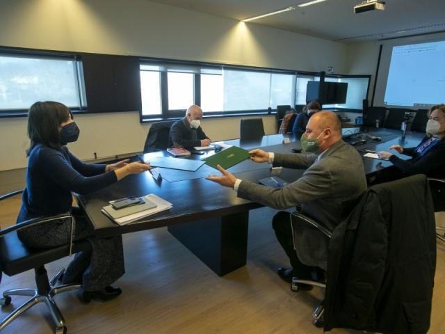 La Xunta continúa trabajando para proteger a las personas trabajadoras autónomas ante lo contagio de la Covid-19
