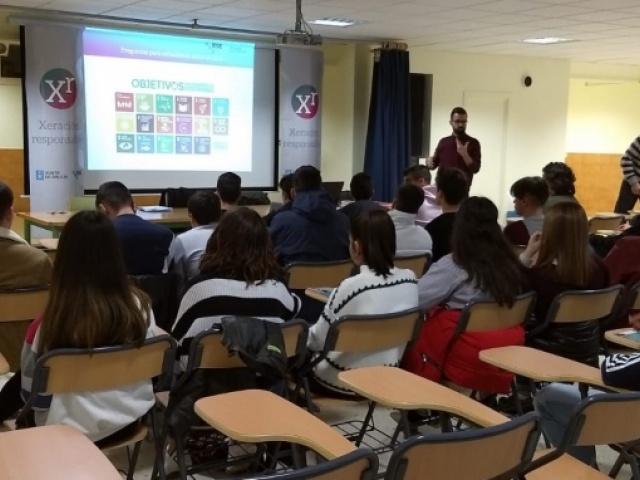 Alumnas e alumnos de Xinzo aprenden sobre como acadar un mundo máis sustentable